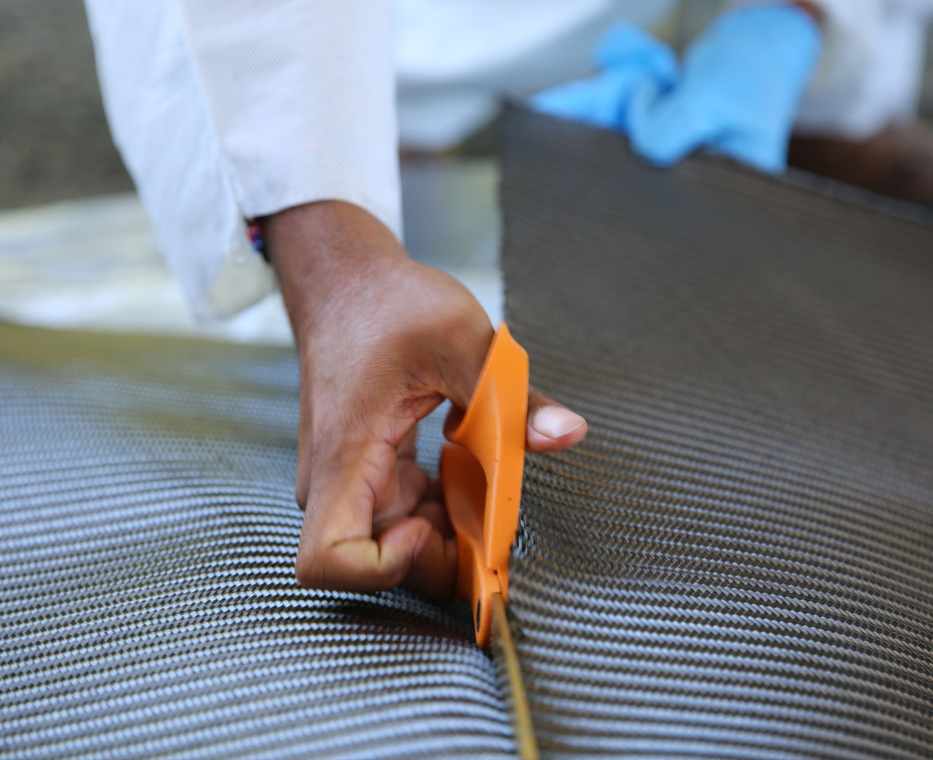 cutting the catstrong material before application